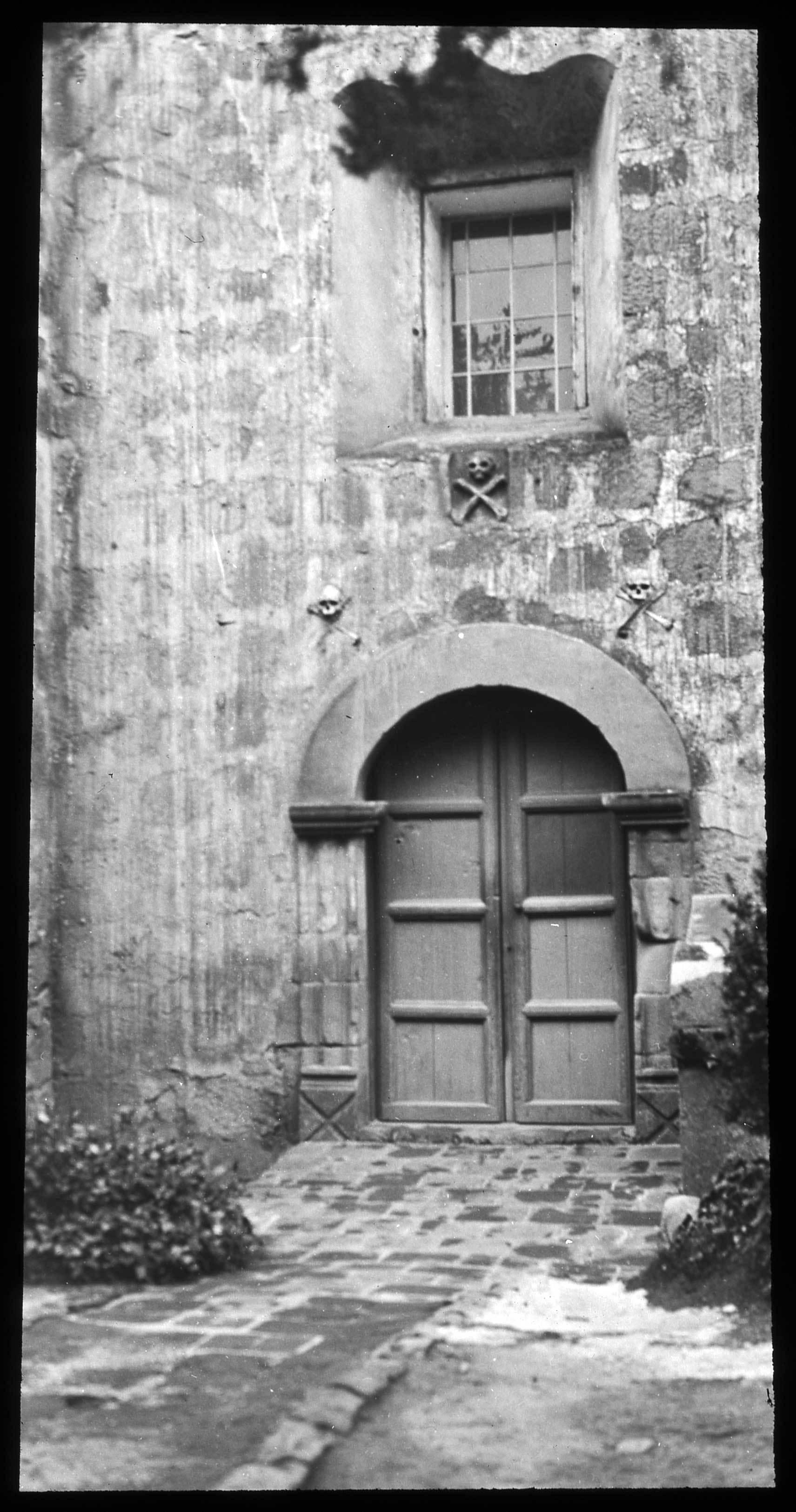 CM21537-SB-door-window002.jpg